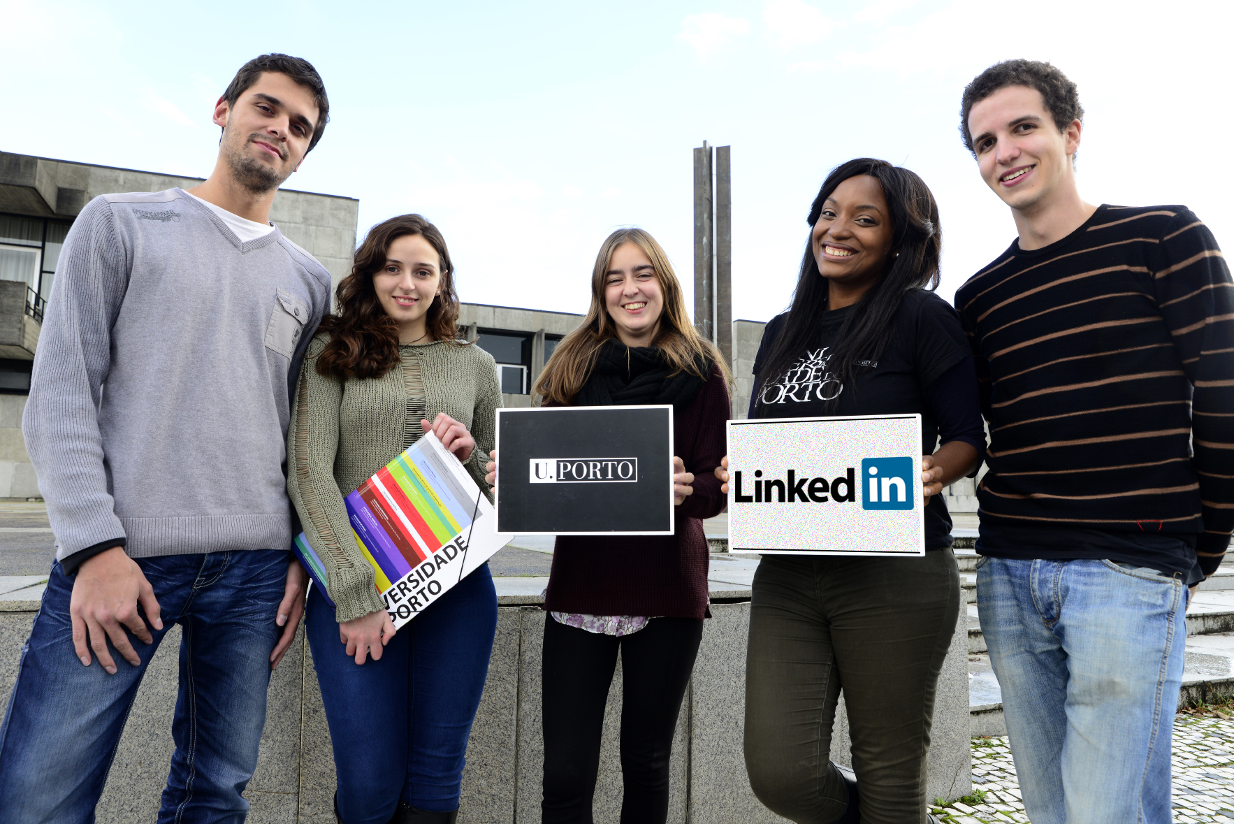 Linkedin UPorto alumni antigos estudantes universidade do porto