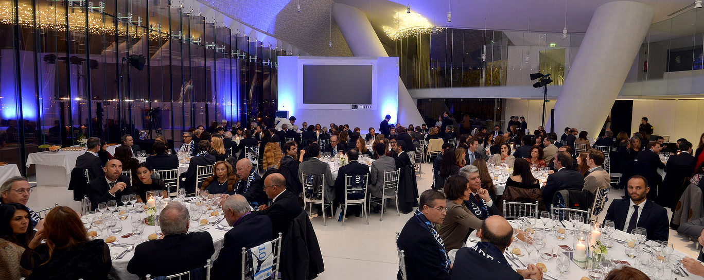 Gala Inovacao uporto antigos estudantes alumni universidade do porto