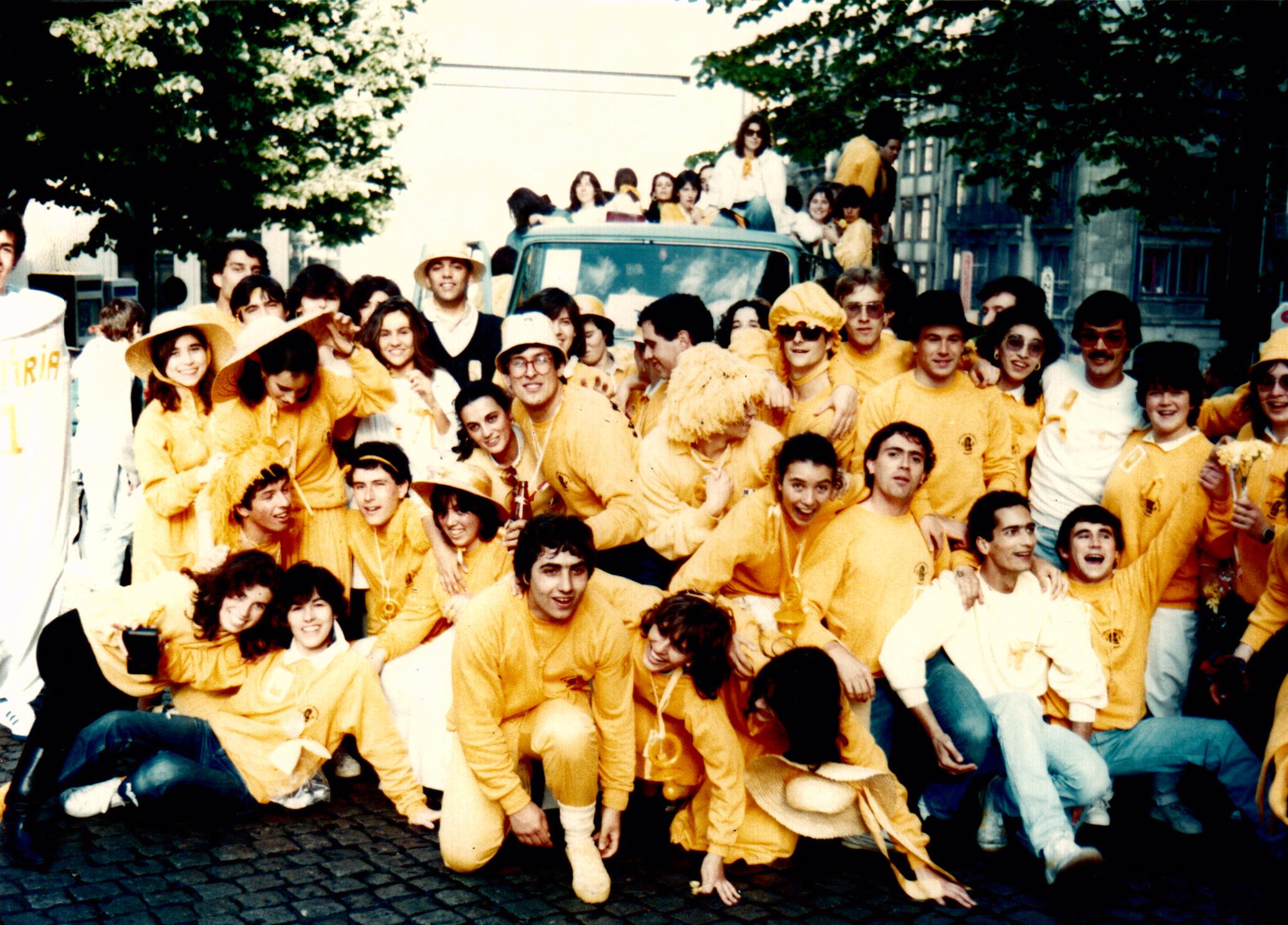 Faculdade de Medicina Dentária comemora 27 anos